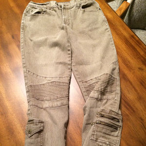Super-Cute Tan-Colored Diane Gilman Jeans, Size 6P